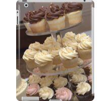 Everybody Love Cupcakes iPad Case/Skin