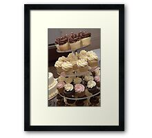 Everybody Love Cupcakes Framed Print