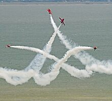 The Red Arrows - Opposition Barrel Roll - Eastbourne 2014 by Colin  Williams Photography