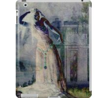 Vampire Dancing at Halloween iPad Case/Skin