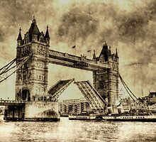 Tower bridge and the Waverley Vintage by DavidHornchurch
