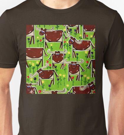Texas Longhorn Herd Cattle Western Steer Bulls Ranch Rancher Fun Happy Design Green Brown Unisex T-Shirt