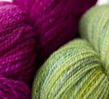 Green & Magenta Handspun Yarn by AliCatFiberarts