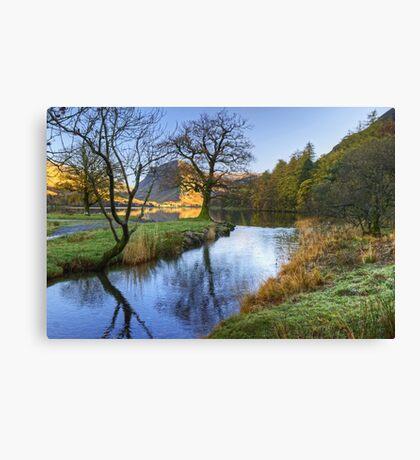 The Dubs In Autumn Canvas Print