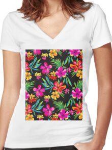 HAWAIIAN CUTE FLOWER PRINT  Women's Fitted V-Neck T-Shirt