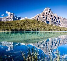 Mount Chephren and Waterfowl Lakes by Jim Stiles