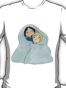 yumikuri cuddles [SnK] T-Shirt