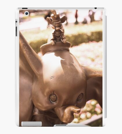 DUMBO WITH TIMOTHY IN BRONZE iPad Case/Skin