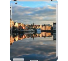 Long Exposure of The Shore, Edinburgh iPad Case/Skin