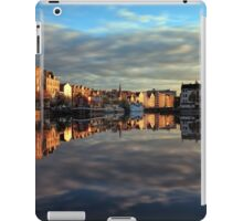 45 Second Long Exposure of the Sunset over the Shore, Edinburgh iPad Case/Skin