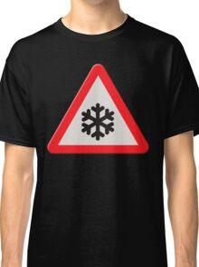 UK Road sign wintry conditions Classic T-Shirt