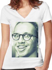 Fassafelix Women's Fitted V-Neck T-Shirt