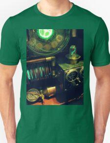 Steampunk Time Machine 1.0 T-Shirt