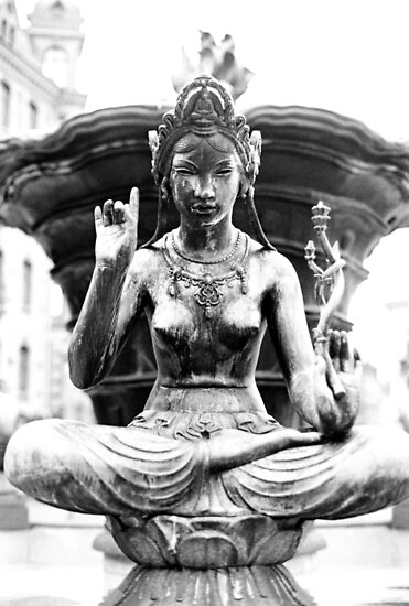 Statue 9 by BKSPicture