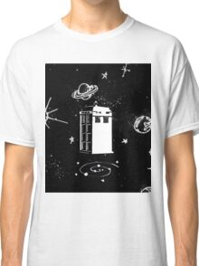 black and white tardis Classic T-Shirt