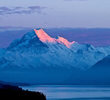 Aoraki Dawn - Sunrise at Mount Cook by Images Abound | Neil Protheroe
