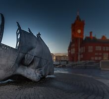 War Memorial Cardiff Bay by leightoncollins