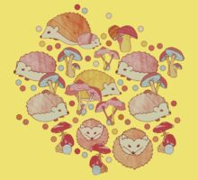 Woodland Hedgehogs - a pattern in soft neutrals  Kids Tee