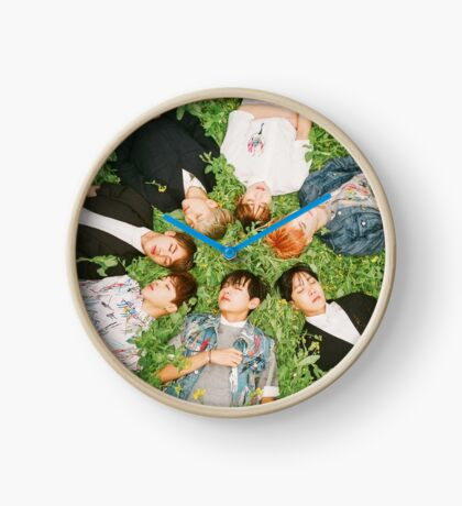 BTS - Group photo Clock