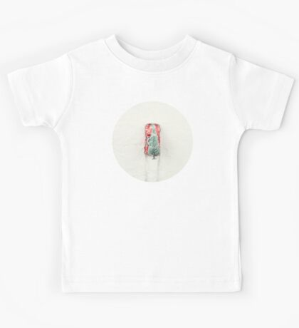 Christmas Eve in a hurry Kids Tee