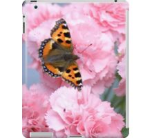 Pinks and the papillon iPad Case/Skin