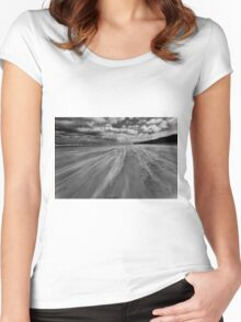 Windswept Benone Women's Fitted Scoop T-Shirt