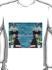 Yung Abbott// S͙̭̲̺̦ͅp̸̻o̲̤̪o̴͎̖̣͓͕̭k̟̳̰̳͔̰̹̀y ̹̥̹͙͇́B̮ͅl͎̤a͎c̲̻̮̬̻̕ͅk̫̖ͅ T-Shirt