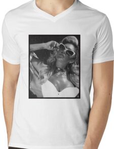 Chanel West Coast glasses Mens V-Neck T-Shirt