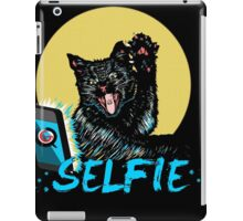 SELFIE CAT!!! iPad Case/Skin