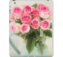 Beautiful bouquet of pink roses iPad Case/Skin