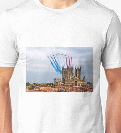 Red Arrows over Lincoln Cathedral Unisex T-Shirt
