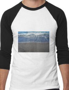 Waves at the beach on the sea shore Men's Baseball ¾ T-Shirt