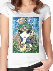 Owlete The Owl Queen, by Sheridon Rayment Women's Fitted Scoop T-Shirt