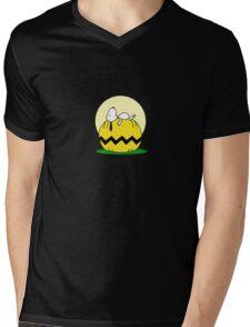 Snoopy Halloween Mens V-Neck T-Shirt