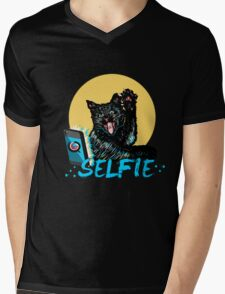 SELFIE CAT!!! Mens V-Neck T-Shirt