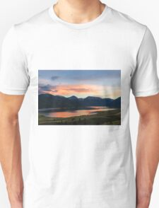 Colorado Mountain Sunset on the Twin Lakes T-Shirt