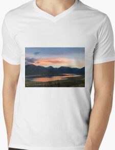 Colorado Mountain Sunset on the Twin Lakes Mens V-Neck T-Shirt