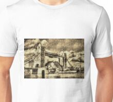 Tower Bridge Vintage Unisex T-Shirt