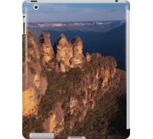 Three Sisters at sunset, Blue Mountains, Australia iPad Case/Skin