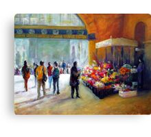 Under the clocks (Flinders street station - Melbourne) Canvas Print