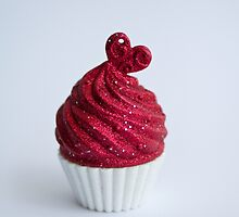 Cupcake (portrait)  by madcowgirl