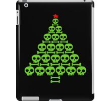 Green Skull and Bones Christmas Tree  iPad Case/Skin
