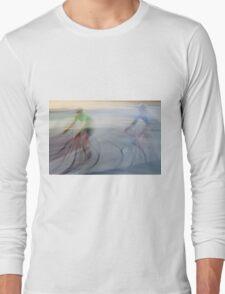 Cyclists, blurry Long Sleeve T-Shirt