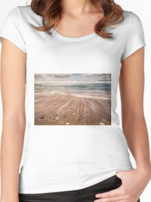 White Tails Women's Fitted Scoop T-Shirt