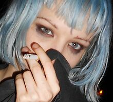 alice glass cigarette  by kittyholocaust
