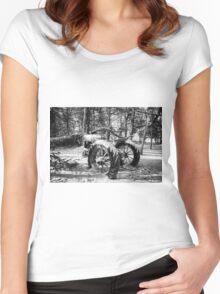 Deere In The Woods BNW Women's Fitted Scoop T-Shirt