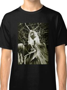 Statue Of An Angel Classic T-Shirt