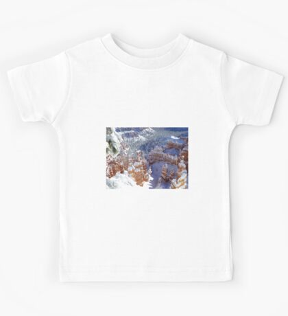 Christmas Day at Bryce Canyon Kids Tee