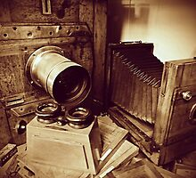 Vintage wooden cameras by DimondImages