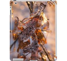 Mother Nature's Christmas Decorations – Golden Oak Leaves Jewels iPad Case/Skin